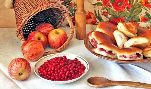 Блюда с яблоками - подборка вкусных рецептов