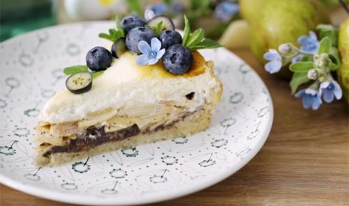 Тарт с маково-творожной начинкой и грушами