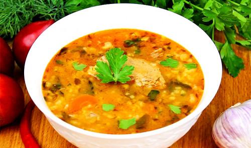 Суп с рисом и говядиной «Харчо»
