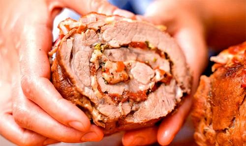 Мясо по-королевски в рукаве в духовке