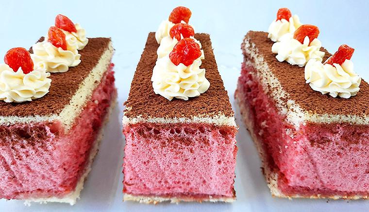 Пирожные с ягодным суфле
