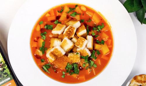 Тыквенный суп с фасолью
