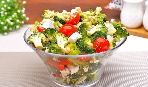 Салат с брокколи «Милена»