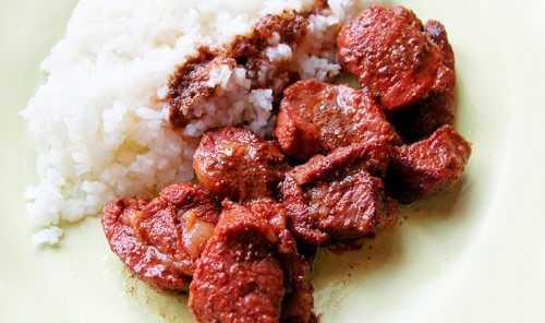 Мясо, маринованное в красном вине со специями