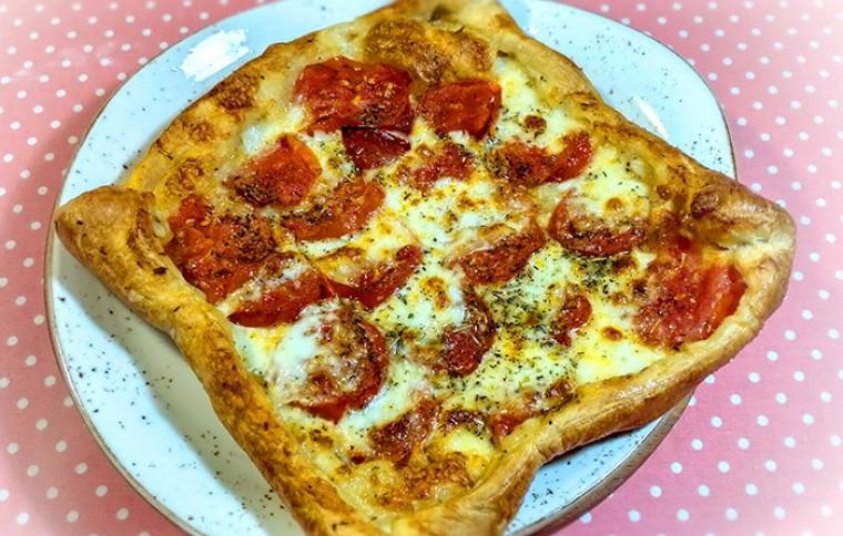 Тарт с томатами и сыром моцарелла «Капрезе»