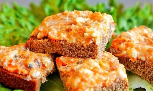 Намазка из сельди, моркови и плавленного сыра