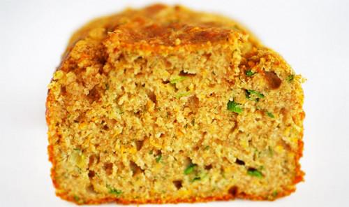 Ароматный хлеб с цукини