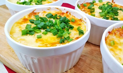 Запеканка по-польски из картошки и фарша под сыром