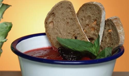 Томатно-свекольный суп