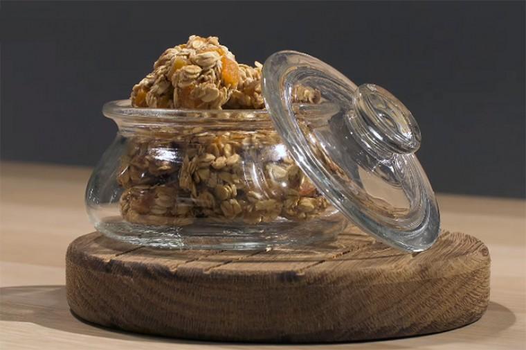 Овсяное печенье с бананом, орехами и сухофруктами