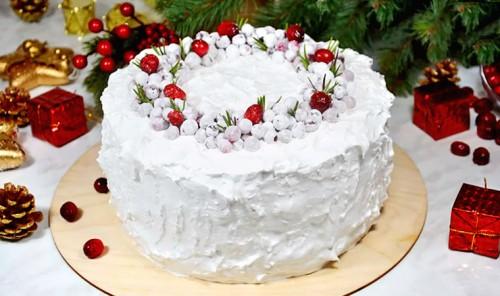 Белковый крем для покрытия и украшения торта (Швейцарская меренга)