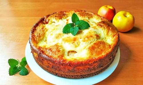 Заливной яблочный пирог