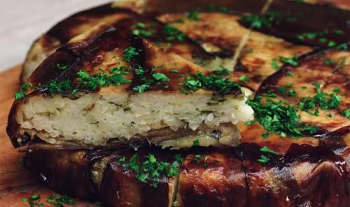 Рисовый пирог в баклажане