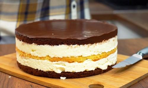 Торт с кремом из манки «Птичье молоко»