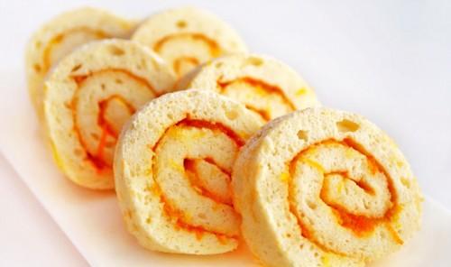 Бисквитный рулет на белках с апельсиновым джемом