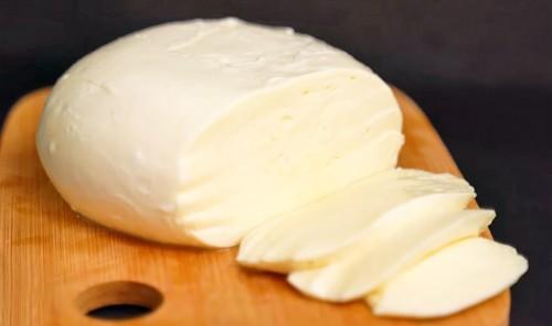 Моцарелла из молока и уксуса