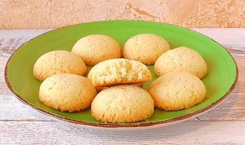 Лимонное печенье из манной крупы