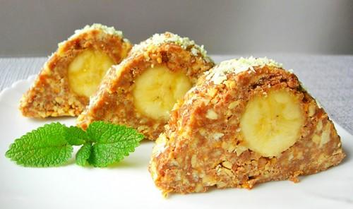 Пирожные из печенья с бананом и арахисом «Карпаты»