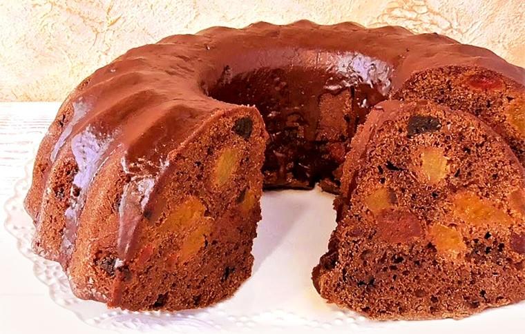 Веганский кекс с цукатами и сухофруктами