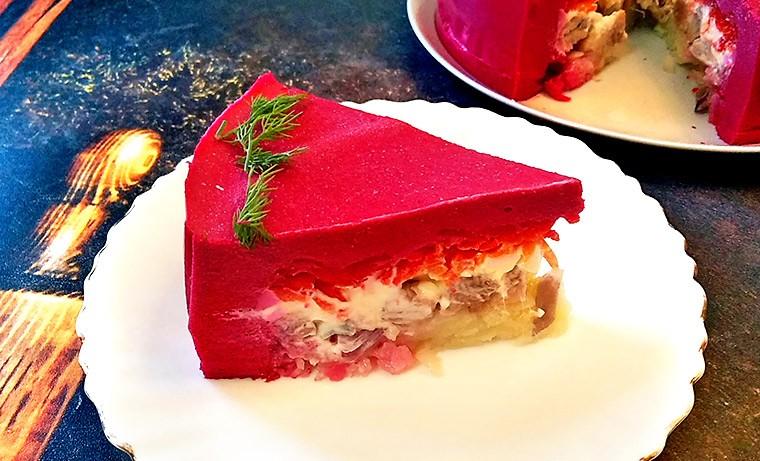 Слоеный салат «Селедочный чизкейк»