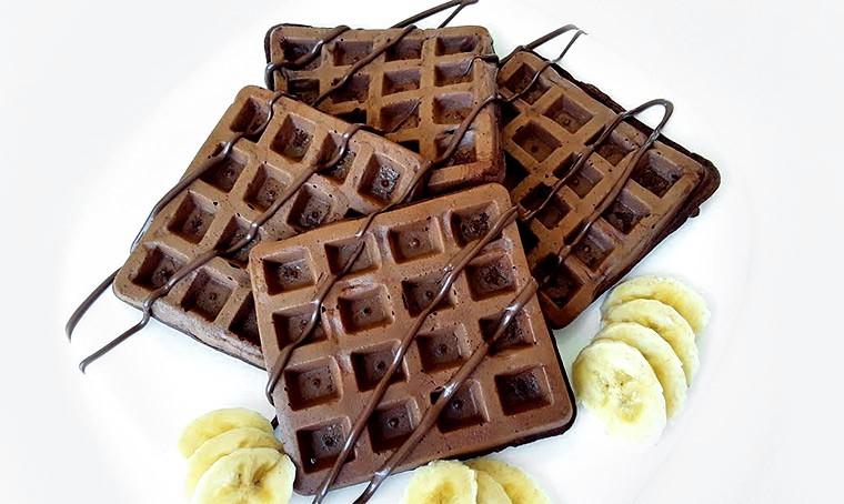 Шоколадно-банановые вафли