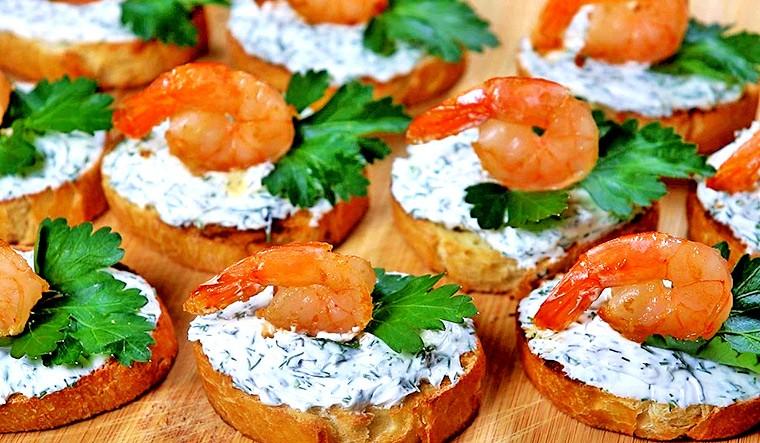 Закуска с креветками и творожным сыром