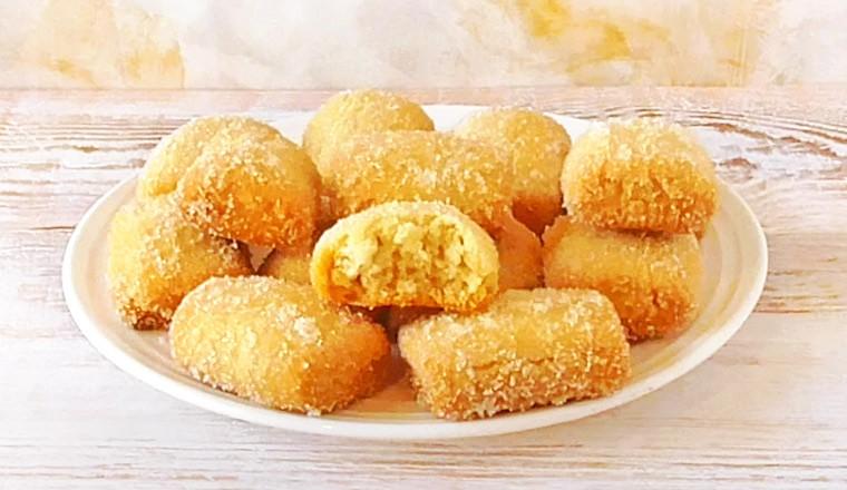 Постное песочное печенье с сахарной корочкой