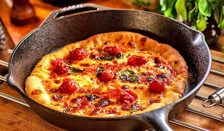 Пицца на сковороде - подборка лучших рецептов