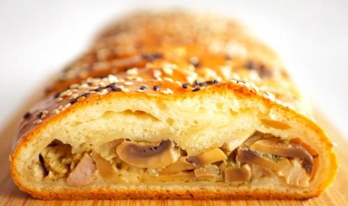 Пирог с мясом и грибами «Плетёнка»