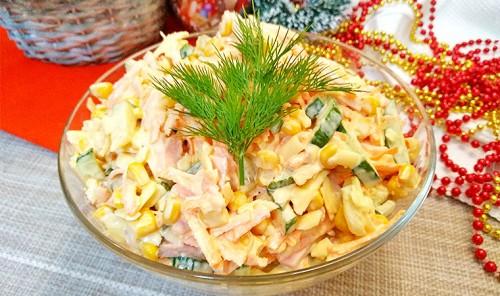 Салат с консервированной кукурузой «Венеция»