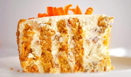 Морковный торт с орехами