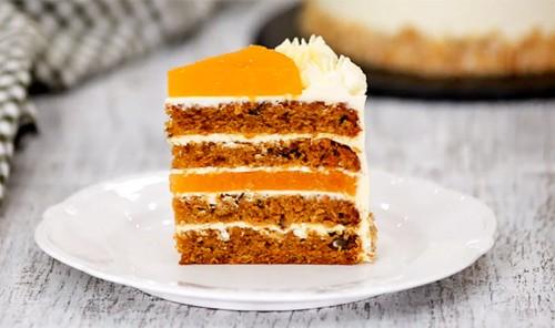 Морковный торт с мандариновым конфи