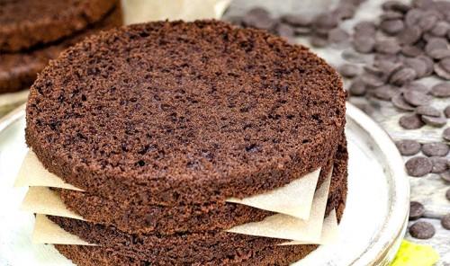 Бисквит с тёмным шоколадом