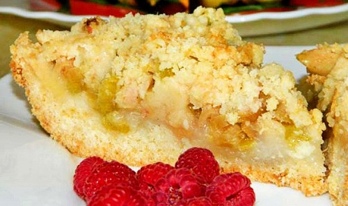 Яблочный пирог с ревенем