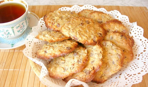 Печенье с семечками и изюмом