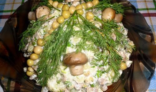 Постный грибной салат