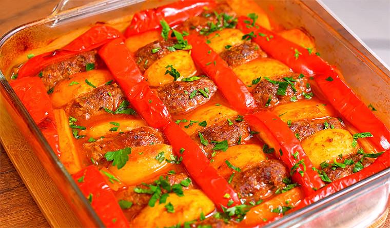 Котлеты с картофелем и болгарским перцем в духовке