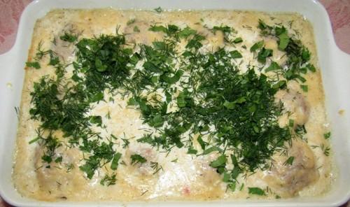 Тефтели в молочно-сырном соусе