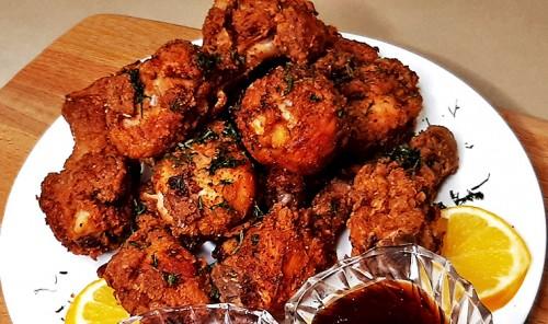 Куриные голени в панировке, жареные во фритюре