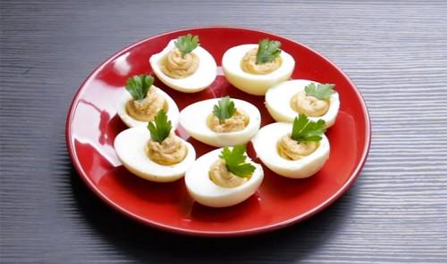 Яйца фаршированные крабовым кремом