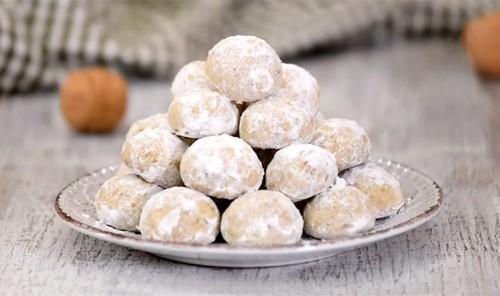 Песочное печенье «Снежки»