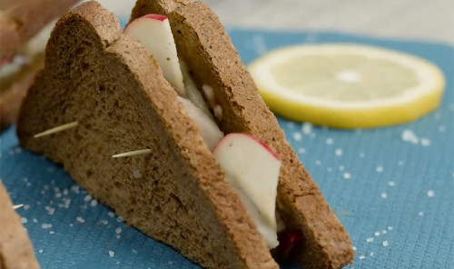 Лёгкие сэндвичи с сельдью