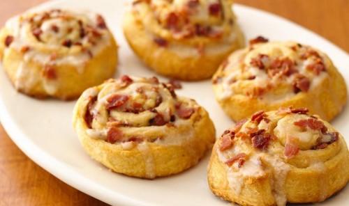 Закусочное печенье с ветчиной и сыром
