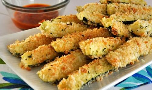 Кабачки в панировке из сыра и сухарей