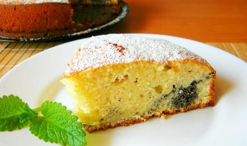 Пирог на кефире с маковой начинкой