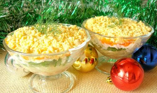 Новогодний салат-коктейль с печенью трески