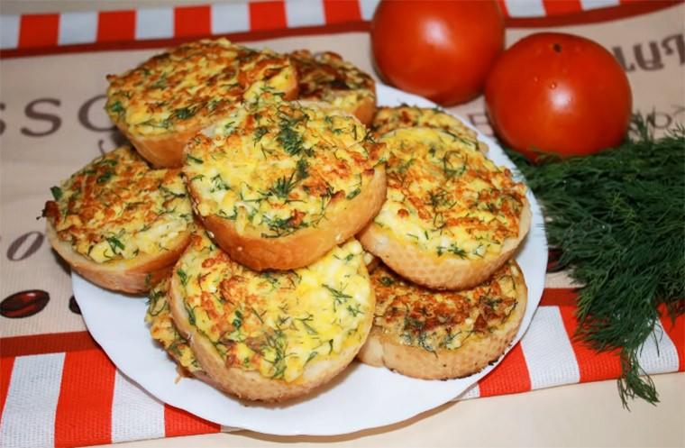 Бутерброды с сыром на завтрак