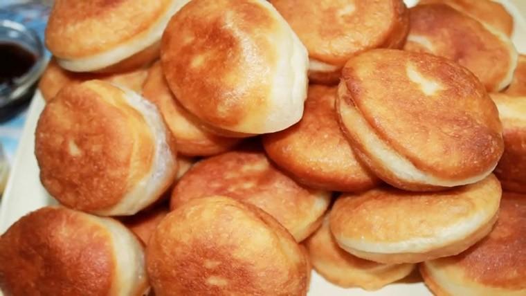 Воздушные сладкие пончики