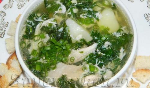 Суп с крапивой, щавелем и яйцом