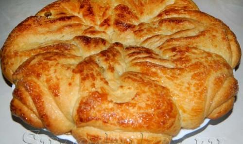 Пирог на пасху с изюмом